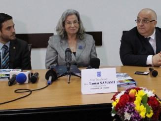 Felix Stroe, director RAJA, Tamar Samash, Ambasador Israel și Matan Safran, atașat comercial al Ambasadei Israelului. FOTO Adrian Boioglu