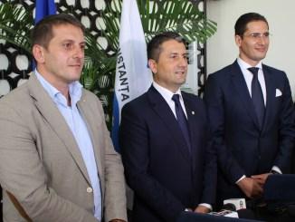 Dumitru Babu, Decebal Făgădău și Costin Răsăuțeanu - noii conducători ai Constanței. FOTO Adrian Boioglu