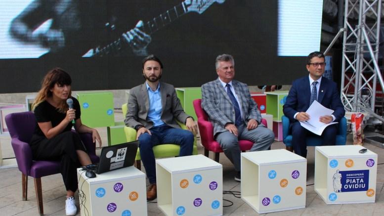 Organizatorii festivalului Spellground, Decebal Făgădău și rectorul Sorin Rugină. FOTO Adrian Boioglu