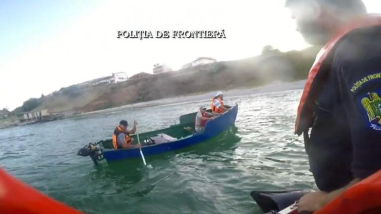 Barca a fost recuperată de polițiștii de frontieră