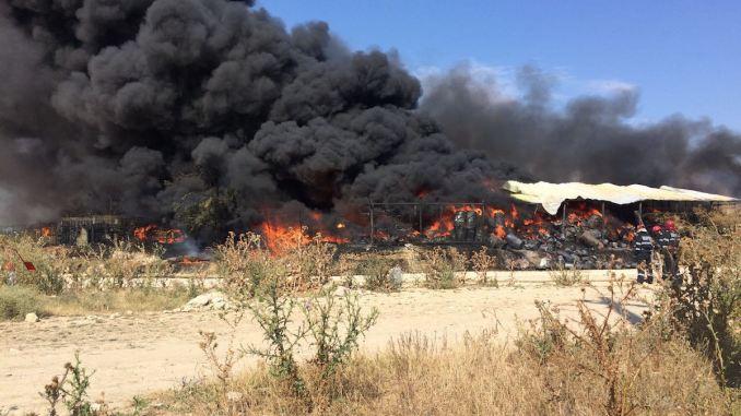 Incendiu la o fabrică de vopseluri din Lumina