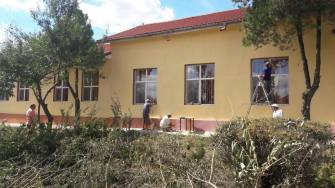 Reabilitarea școlilor din comuna Peștera
