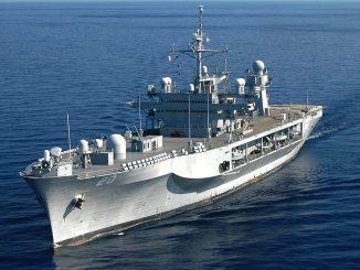USS Mount Whitney. FOTO US Navy / Sarah Bir