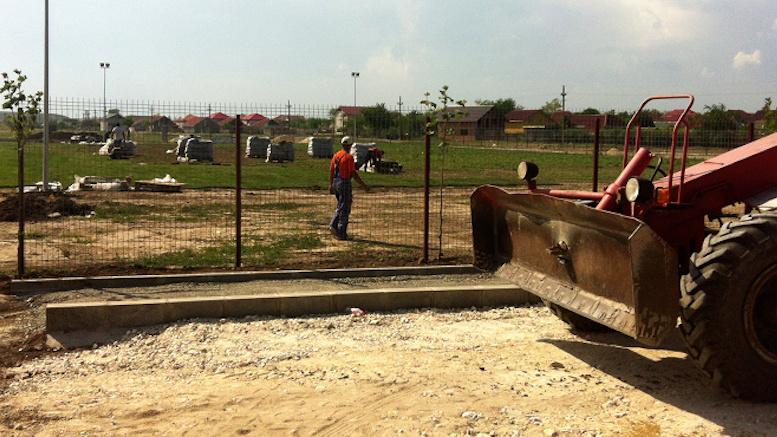 Lucrări la stadionul din Valu lui Traian