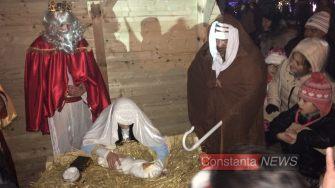 Scena nașterii lui Iisus e sinistră. FOTO Adrian Boioglu