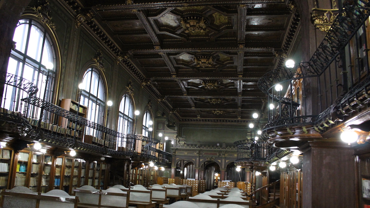 """Biblioteca Universității """"Gheorghe Asachi"""" din Iași. FOTO Adrian Boioglu"""