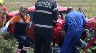 Accident rutier DN 22 Constanta - Tulcea. Intervine echipajul de Descarcerare a ISU Dobrogea. FOTO ISU Dobrogea