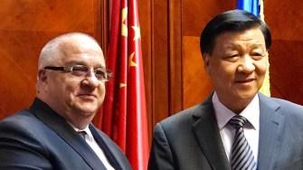 Felix Stroe, președintele PSD Constanța și E.S. Liu Yunshan, membru al Comitetului Permanent al Biroului Politic al Comitetului Central al PCC
