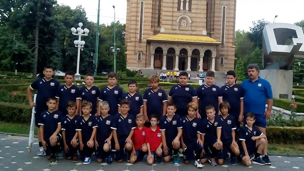 """Echipa U12 a A.S. """"Victoria"""" Cumpăna"""