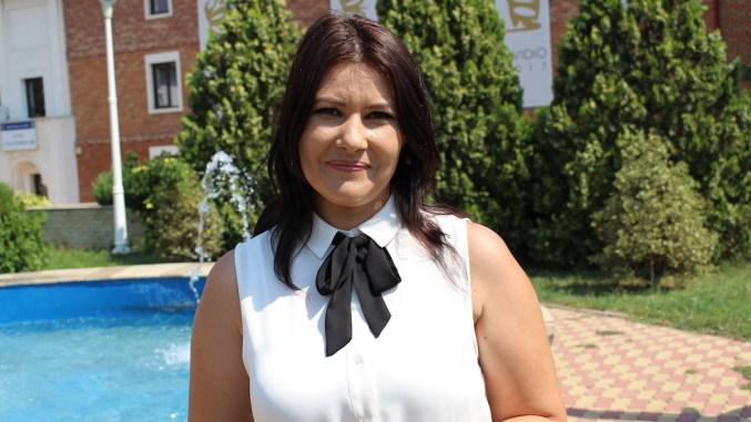 Emilia Libu, inspector de Stare Civilă la Primăria Ovidiu. FOTO Adrian Boioglu