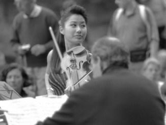 Vilonista Sarah Chang. FOTO Wikipedia / Silvio Bacchetta