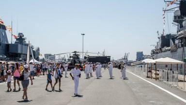 Localnici, dar și turiști au luat cu asalt Portul Militar. FOTO Catalin Schipor