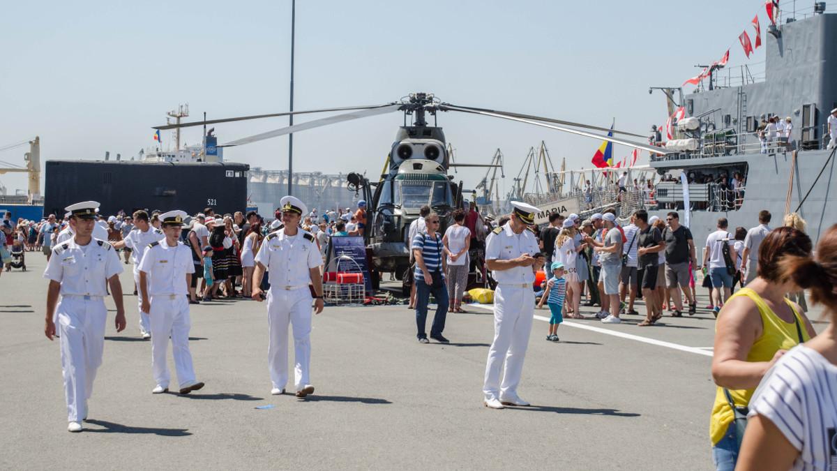 Ziua Porților Deschise în Portul Militar Constanța (9)