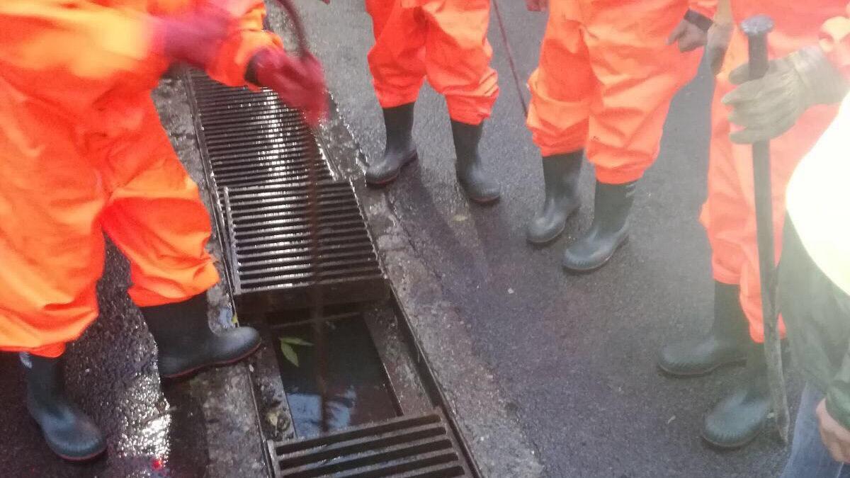 Angajații RAJA au intervenit în zonele afectate de ploi (3)