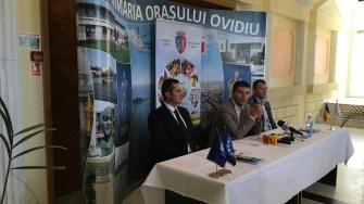 Primarul George Scupra la deschiderea Târgului Toamnei la Ovidiu. FOTO CTnews.ro