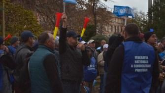 Protestatarii BNS au protestat în fața Prefecturii Constanța. FOTO Cătălin Schipor