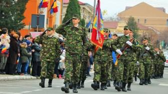 Primăria Municipiului Medgidia și Garnizoana Medgidia au marcat Ziua Națională a României printr-o serie de manifestări. FOTO Primăria Medgidia