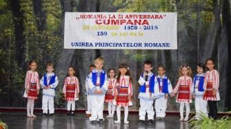 Copiii din Cumpăna au pregătit un program artistic de Ziua Micii Uniri. FOTO Primăria Cumpăna