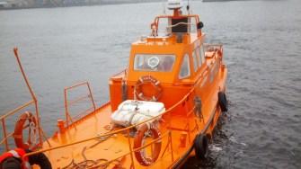 Echipajele ARSVOM au montat baraj antipoluant, iar scafandrii au verificat integritatea navei