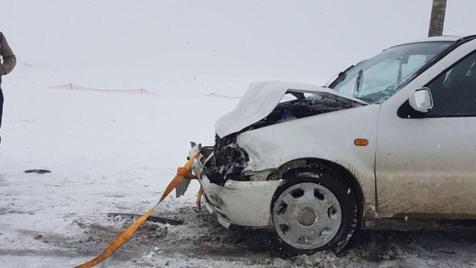 Un șofer a pierdut controlul direcției și a intrat pe contrasens. FOTO IPJ Constanța
