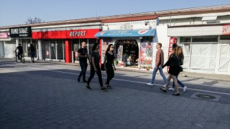 Spații comerciale în stațiunea Mamaia. FOTO Cătălin Schipor