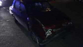 Dacia condusă de șoferul neatent a fost serios avariată. FOTO IPJ Constanța