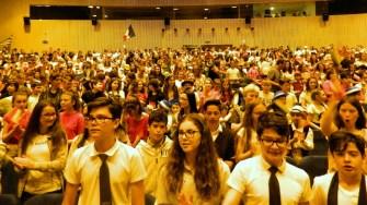 """Elevii constănțeni au sărbătorit ziua de 9 mai la Centrului Cultural Multifuncțional """"Jean Constantin"""". FOTO ISJ Constanța"""