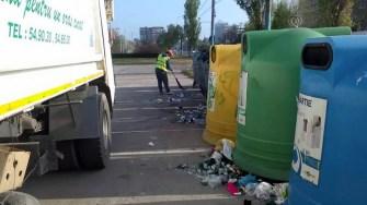 Angajații Polaris au strâns zilnic 60 de tone de gunoi din stațiunea Mamaia. FOTO Polaris M Holding