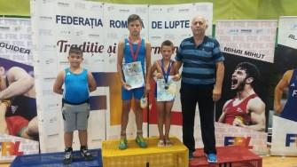 Sportivii de la CSO Ovidiu la lupte greco - romane au urcat pe podium