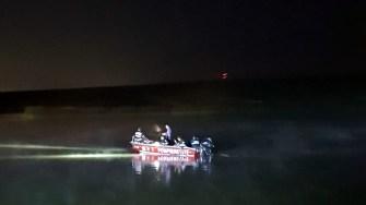 Scafandrii ISU au căutat persoana dispărută chiar și pe întuneric. FOTO ISU Dobrogea