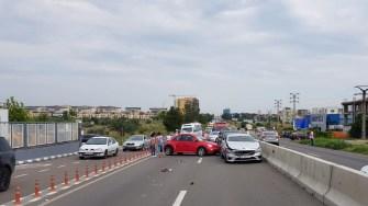 O clipă de neatenție a fost de ajuns pentru un carambol și blocarea unui Drum Național. FOTO IPJ Constanța