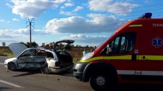 Manevra șoferului a dus la producerea unui accident rutier. FOTO SAJ Constanța
