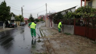"""Echipele Polaris M Holding participă la campania """"Curățăm Constanța Noastră. FOTO Polaris M Holding"""