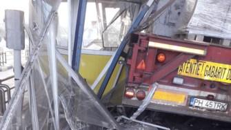 Accident Stație de Taxare fetești. FOTO DRDP Constanța