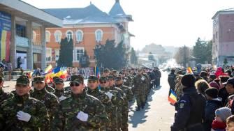 Parada militară de Ziua Națională la Medgidia. FOTO Facebook Valentin Vrabie