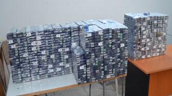 Țigări de contrabandă, descoperite de polițiștii de frontieră. FOTO Garda de Coastă