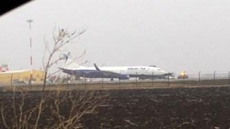 Aeronava Boeing aparținând Blueair a avut probleme în zbor. FOTO Adrian Boioglu