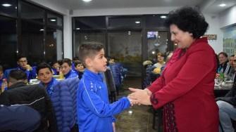 Fotbaliștii din Cumpăna au fost felicitați de primarul Mariana Gâju FOTO Primăria Cumpăna
