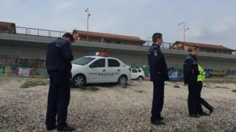 Pachete cu droguri continuă să fie găsite pe plajă. FOTO CTnews.ro