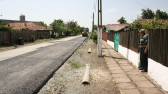 Primăria Negru Vodă asfaltează străzile din oraș. FOTO Ctnews.ro