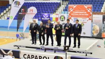 Echipa de arbitrii de la Campionatul de Haltere de la Târgu Mureș. FOTO CSO Ovidiu
