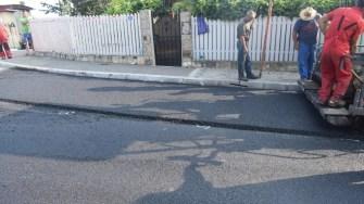 Primăria Cernavodă continuă asfaltările în oraș.