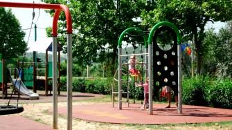 Parcul din cartierul Trust din Cernavodă este aproape finalizat. FOTO Ctnews.ro