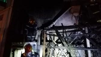 Incendiul s-a extins și a făcut pagube, FOTO ISU Dobrogea