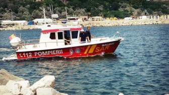 Ambarcațiunea pompierilor a patrulat pe mare. FOTO ISU Dobrogea