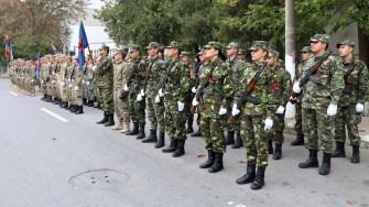 Reprezentanții administrației locale, militari și civili au participat la evenimentele dedicate Zilei Armatei. FOTO Primăria Medgidia