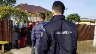 Jandarmi, polițiști și voluntari îl caută pe băiatul dispărut. FOTO CTnews.ro