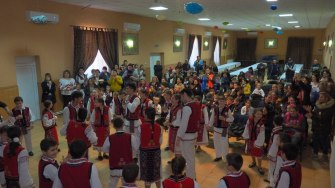 Spectacol al ansamblului folcloric din Fântânele de Ziua Națională. FOTO Cătăin Schipor