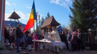 Ceremonie religioasă la Fântânele cu ocazia Zilei Naționale. FOTO Cătălin Schipor