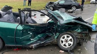 Accident rutier cu trei mașini și cinci răniți în Mamaia.
